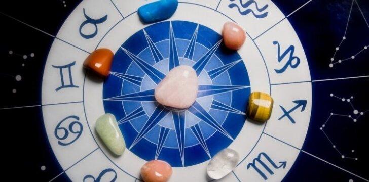 Koks akmuo ir savaitės diena neša laimę tavo zodiako ženklui?