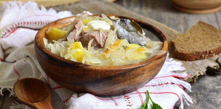 Nuostabi raugintų kopūstų sriuba su mėsa