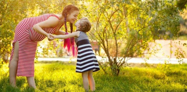 Motinos dienos proga – dovana esamoms ir būsimoms mamoms