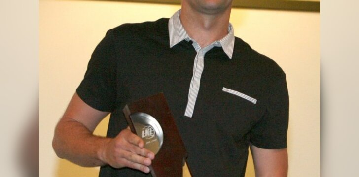 N.Varnelis į varžovų krepšį Čekijoje įmetė 17 taškų