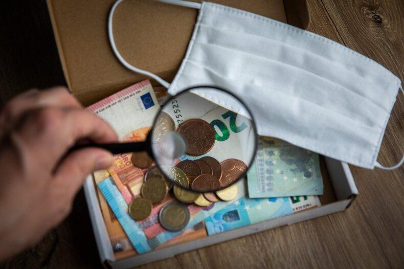"""Po kritikos """"Pečiui už laisvę"""" Dulkys komunikacijai gavo papildomus 3,3 mln. eurų iš rezervo"""