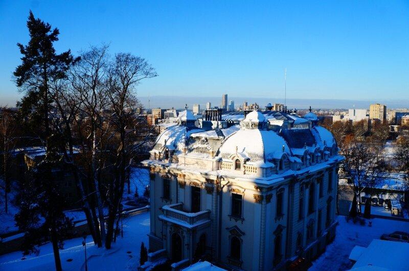Vileišių rūmai žiemą