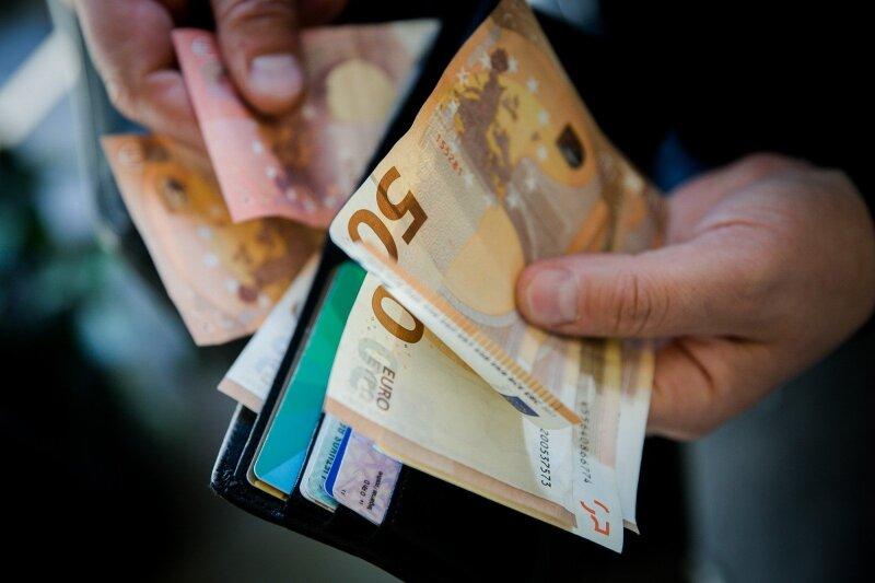kur mokytis cryptocurrency prekybos lietuva kaip uždirbti lengvai pinigus sėdi namuose