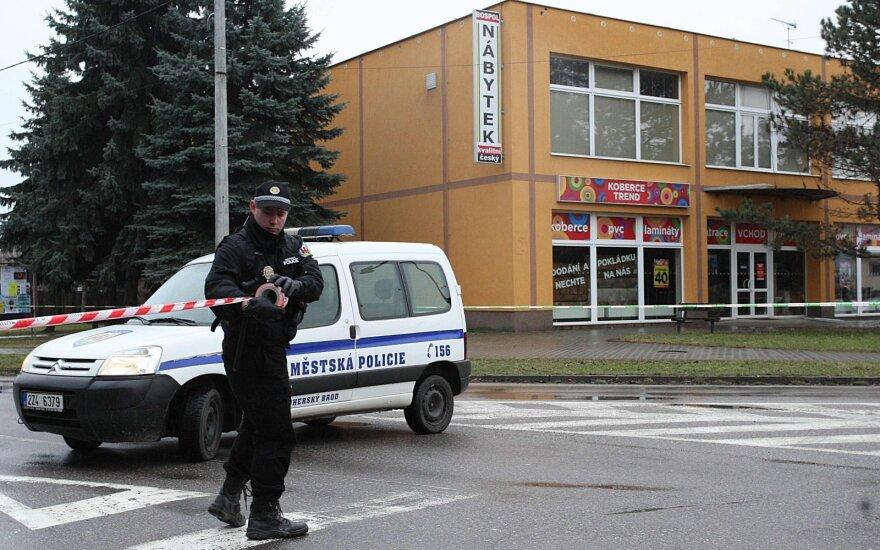 Čekijoje mirus sužeistajai šaudynių ligoninėje aukų padaugėjo