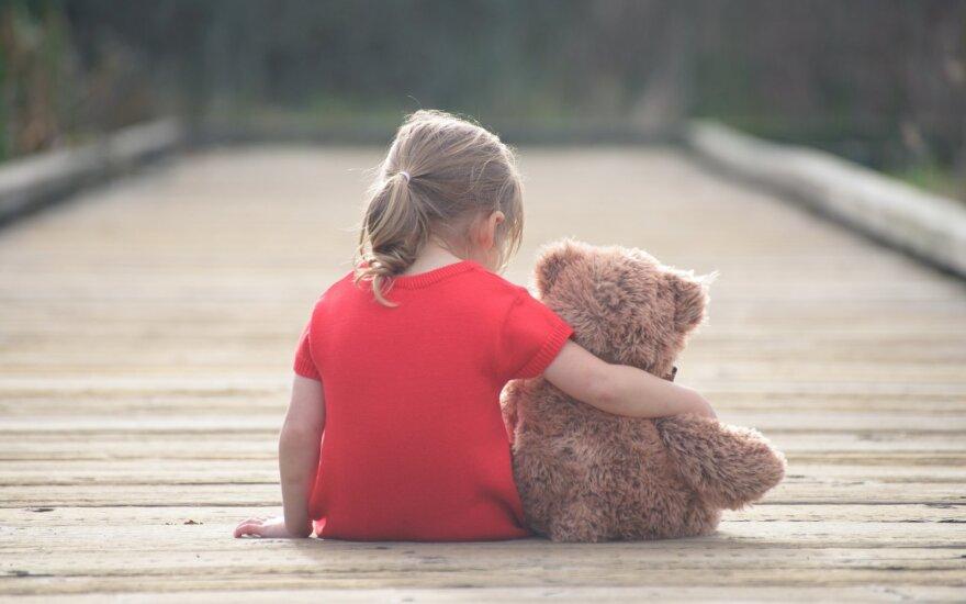 Siūlo griežčiau bausti už seksualinius nusikaltimus prieš nepilnamečius