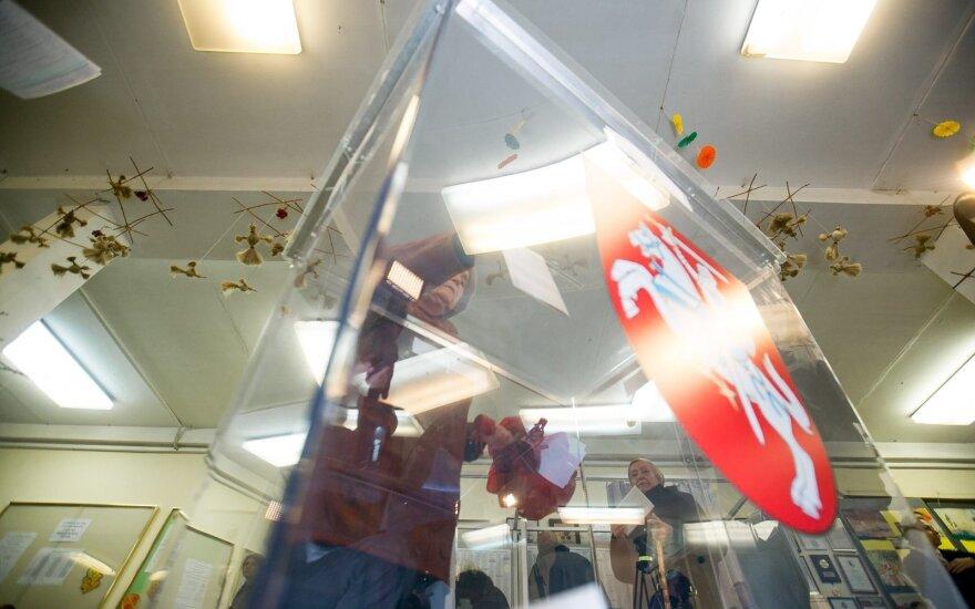 Prasideda balsavimas namuose