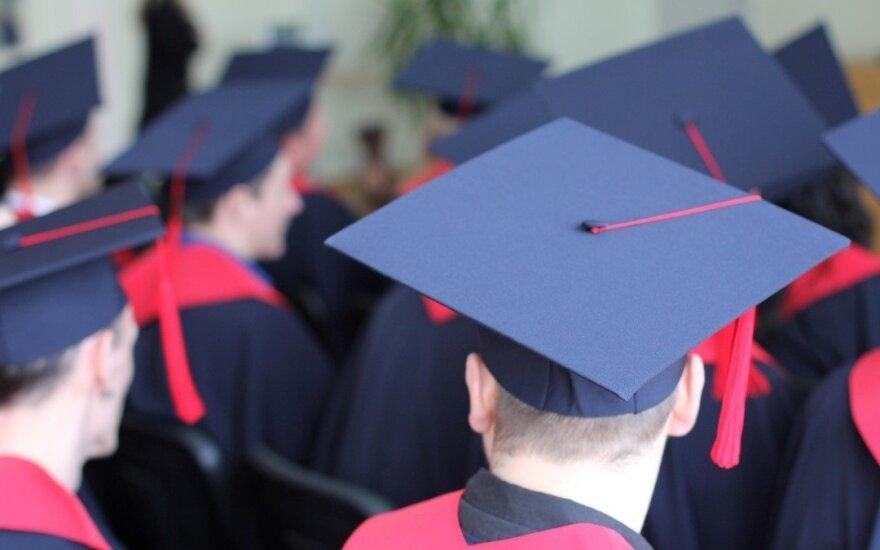 Ekspertai: universitetas ir kolegija – abu skirtingi, abu reikalingi