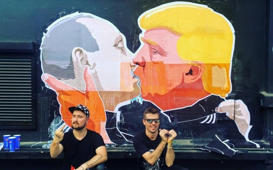 Trump and Putin embrace in passionate kiss in Lithuanian designer's street art