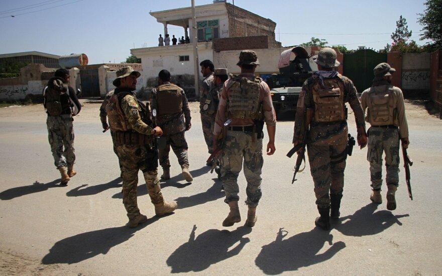 Afganistane užpultas pribuvėjų mokymo centras