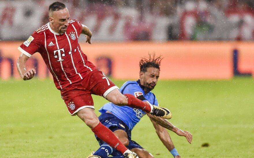 "Bundeslygos startas: ""Bayern"" – ""Bayer"""
