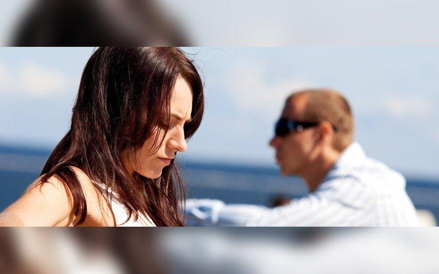 Skandalingi poros santykiai po skyrybų virto kova be taisyklių
