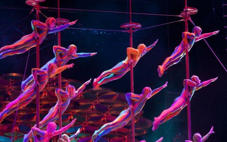 """Pirmą kartą su spektakliu """"Saltimbanco"""" atvykęs """"Cirque du Soleil"""""""