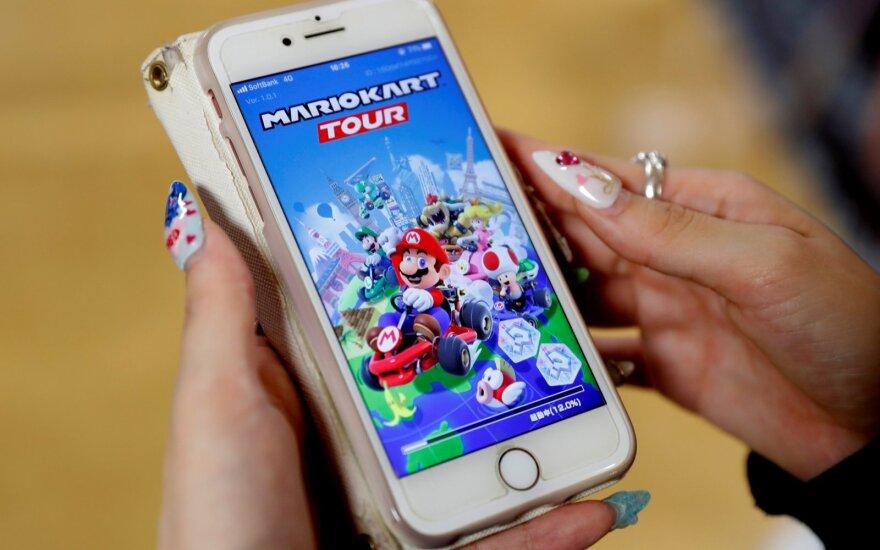 """""""Mario Kart Tour"""""""