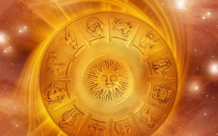 Astrologės Lolitos prognozė liepos 18 d.: diena projektų ir darbų užbaigimui