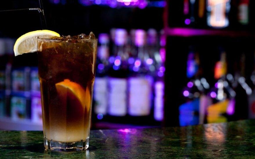 Pavojingiausi alkoholiniai gėrimai: kokio alkoholio geriau niekada nemaišyti