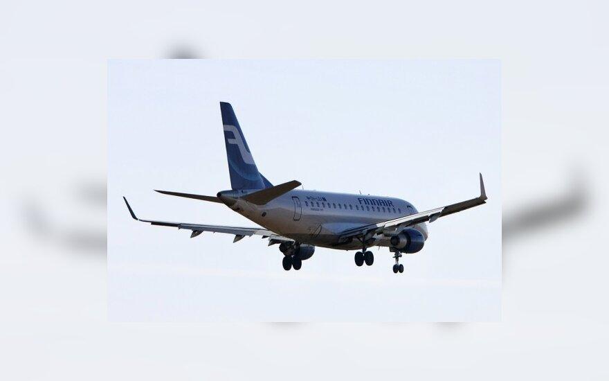 """""""Finnair"""" lakūnai tęsia streiką, atšaukti skrydžiai iš Vilniaus"""
