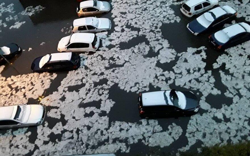 Po stichijos šėlsmo perspėjimas vairuotojams
