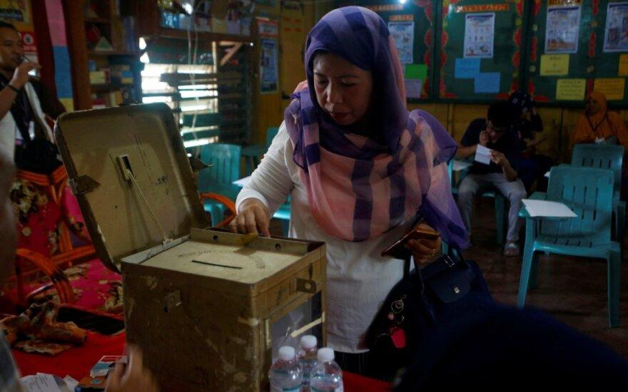 Filipinų musulmonai balsavo referendume dėl regiono autonomijos
