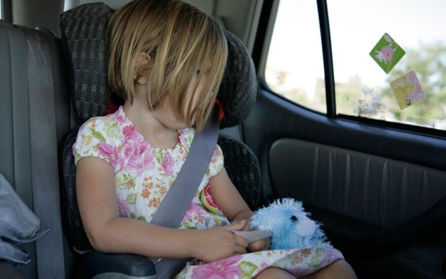 Ikimokyklinukams pavojingiausia būti automobilio keleiviais
