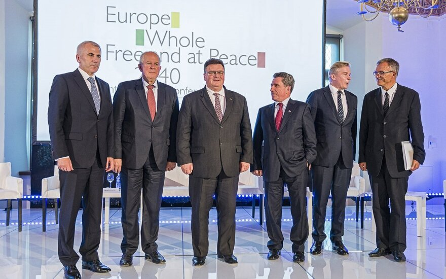 Foreign Ministers, Ušackas, Saudargas, Linkevicius, Valionis, Ažubalis and Vaitiekūnas after a panel discussion