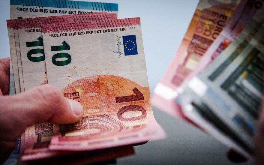 Vyriausybėje – išvada dėl prekybos ir bankų mokesčių