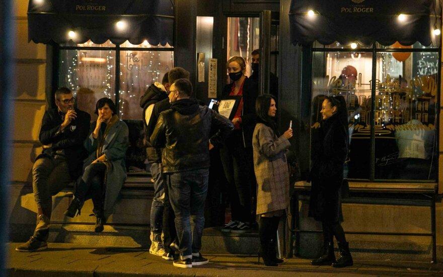"""Dalis gyventojų nenori registruotis baruose: vietoje vardo ir pavardės – """"nesakysiu"""""""