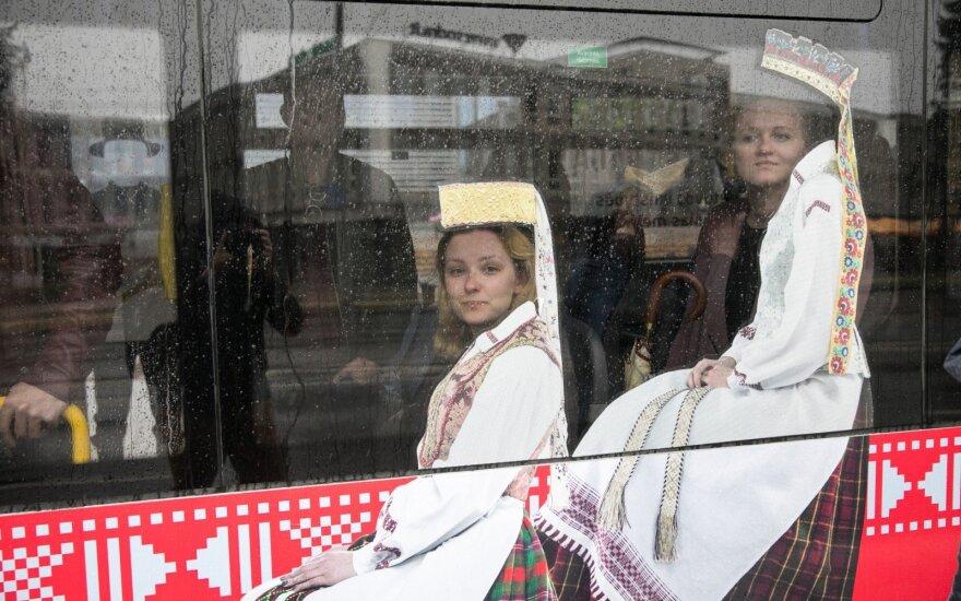 Sostinės savivaldybė Valstybė dieną ketina keleivius vežti nemokamai