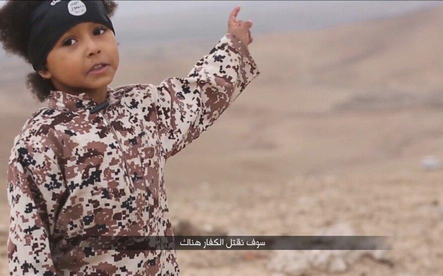 """Išvydus naują """"Islamo valstybės"""" vaizdo įrašą apėmė siaubas"""