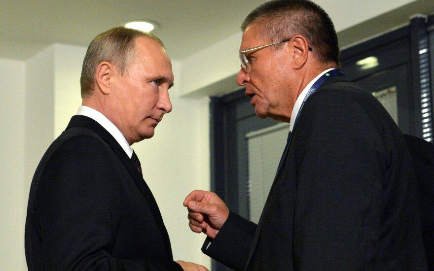 Vladimiras Putinas, Aleksejus Uliukajevas