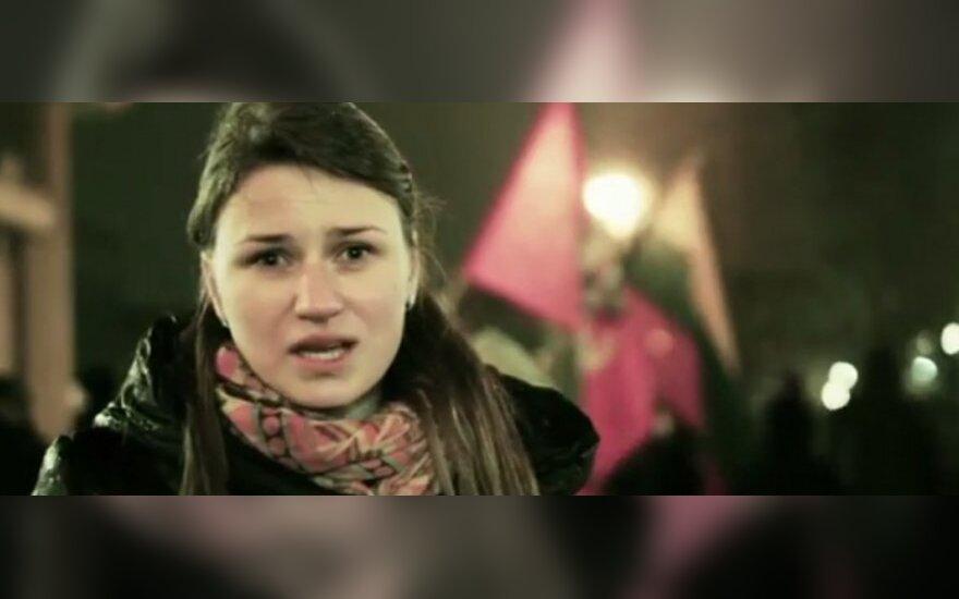 Jaudinančiame vaizdo siužete – Lietuvos palaikymas Maidanui