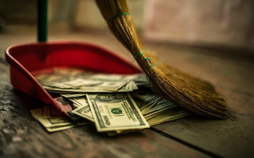 Pinigai, kaip atliekos