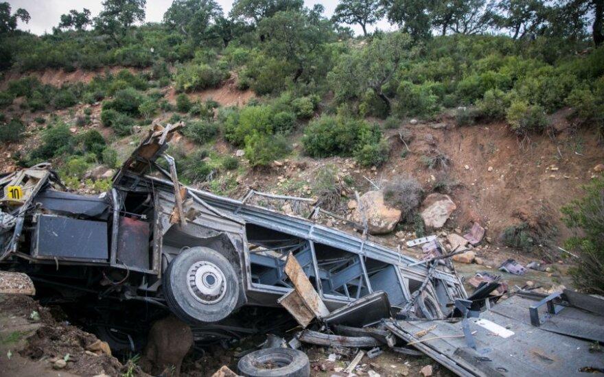 Autobuso avarijos Tunise aukų padaugėjo iki 26