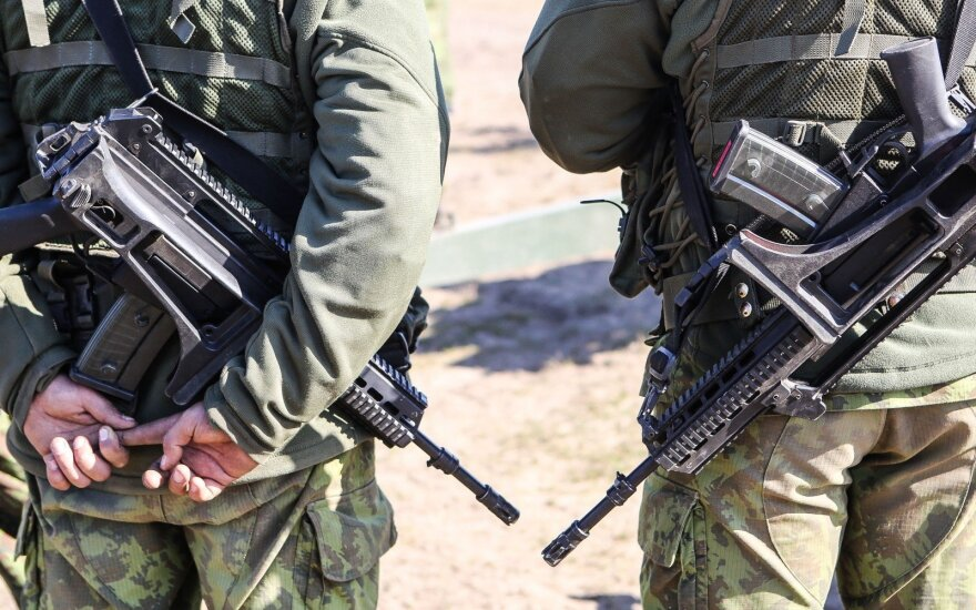 Lithuanian riflemen permitted to purchase and keep semi-automatic weapons
