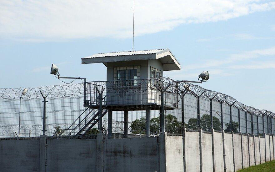 Po skandalingo kolumbiečio paleidimo į laisvę – dar skandalingesnės nutylėtos detalės