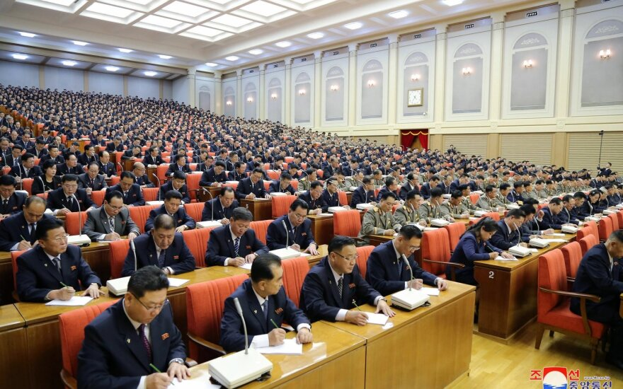 Seulas: Šiaurės Korėja pakeitė karinės žvalgybos biuro vadovą