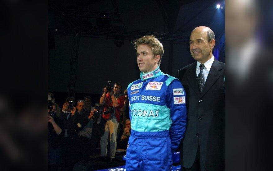 Nickas Heidfeldas ir Peteris Sauberis