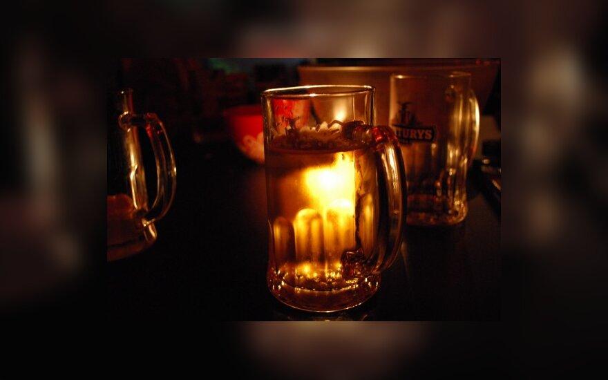 Britų naujametės išgertuvės kainavo milijonus