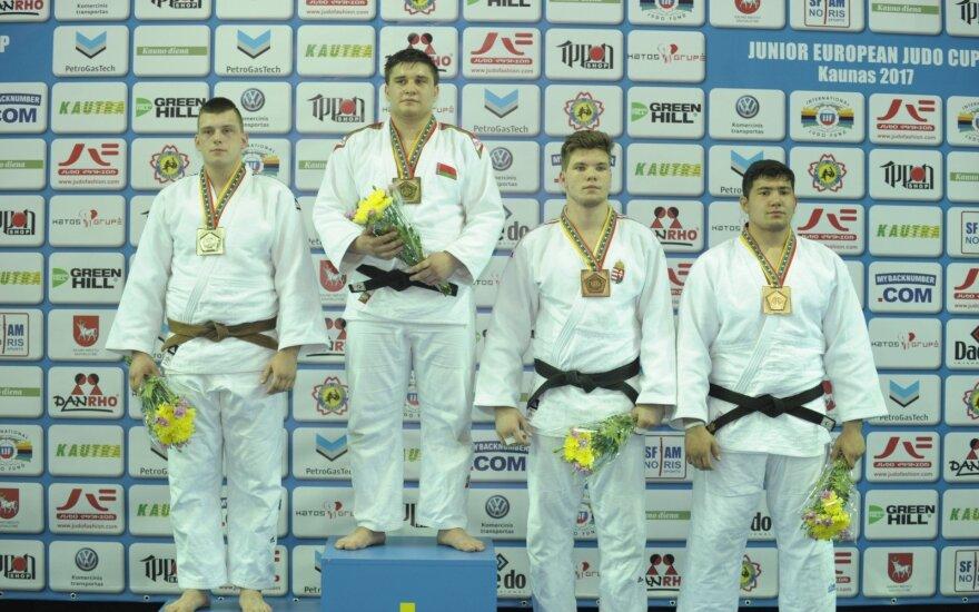 Ignas Mečajus (kairėje)