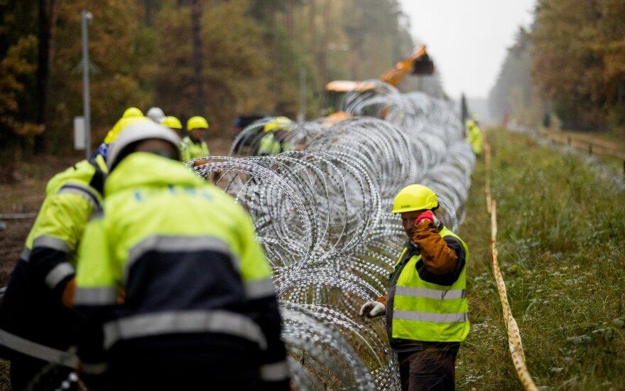 Briuselis kviečiasi ambasadorius pokalbiui: tonas dėl migrantų keičiasi