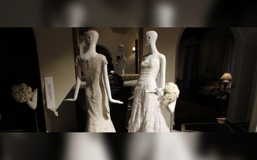 Bruce'o Oldfieldo sukurtos vestuvinės suknelės