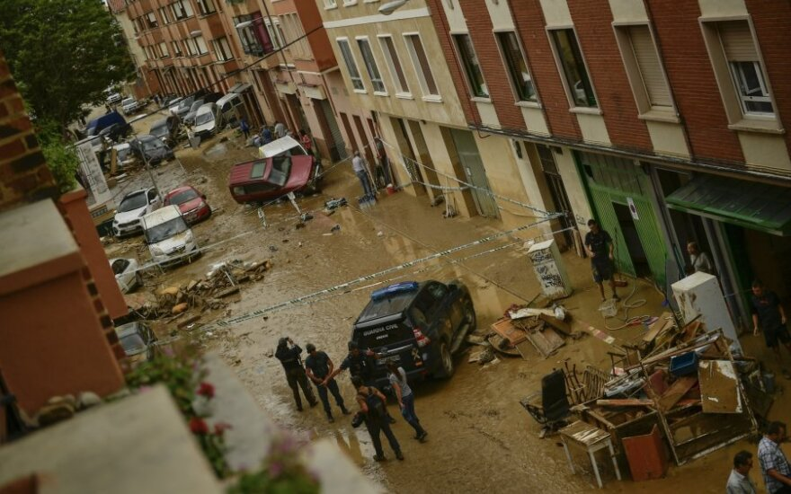 Šiaurės Ispanijoje potvyniai apgadino infrastruktūrą, žuvo vienas žmogus