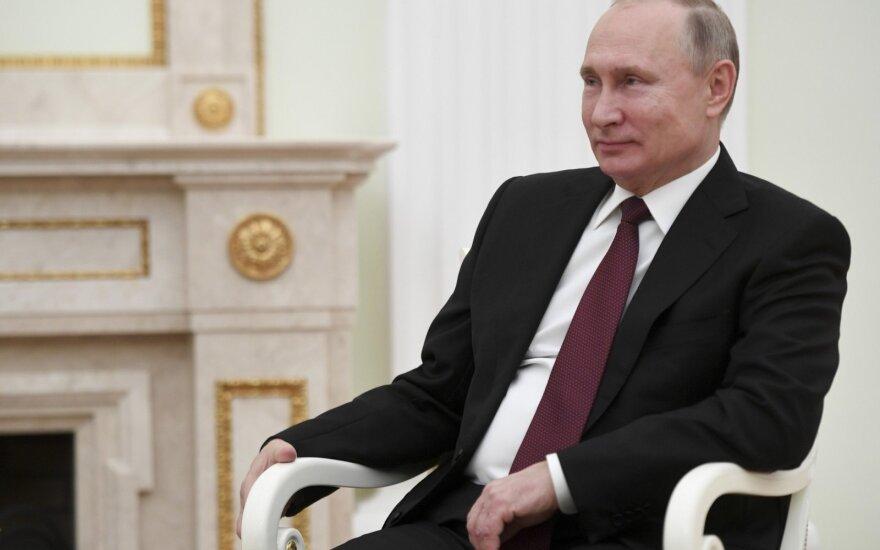 Iranas ir Rusija planuoja bendras pratybas Kaspijos jūroje