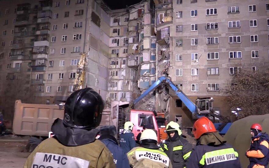 Rusijos TK: Magnitogorske sprogimo apgriauto pastato griuvėsiuose sprogmenų nerasta