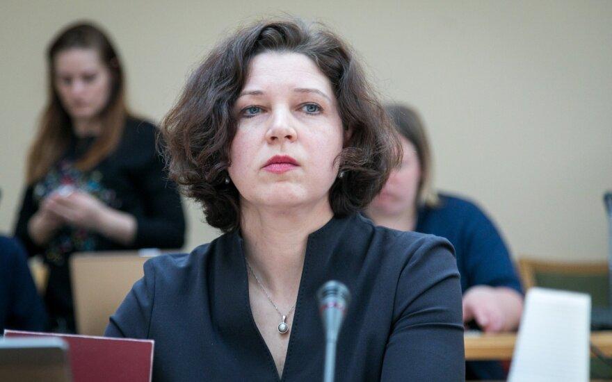 Žurnalistų etikos inspektoriaus tarnybos vadovė prašo 5 papildomų etatų