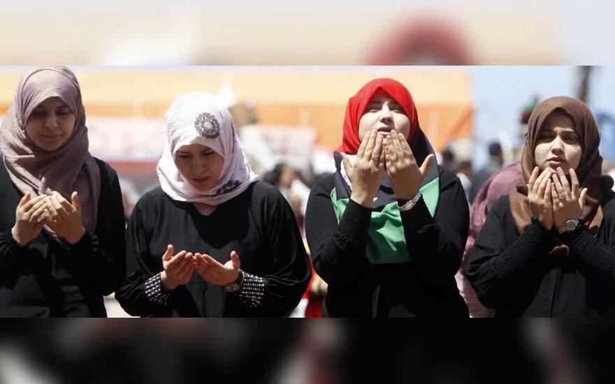 Moterys Libijoje