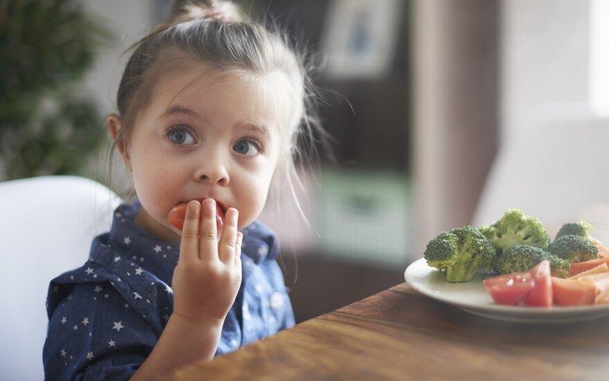 Nenoras valgyti – santykio su tėvais atspindys