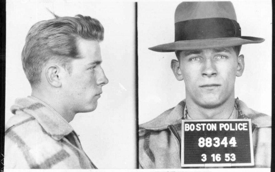 Whitey Bulger suimtas Bostono policijos 1953 metais