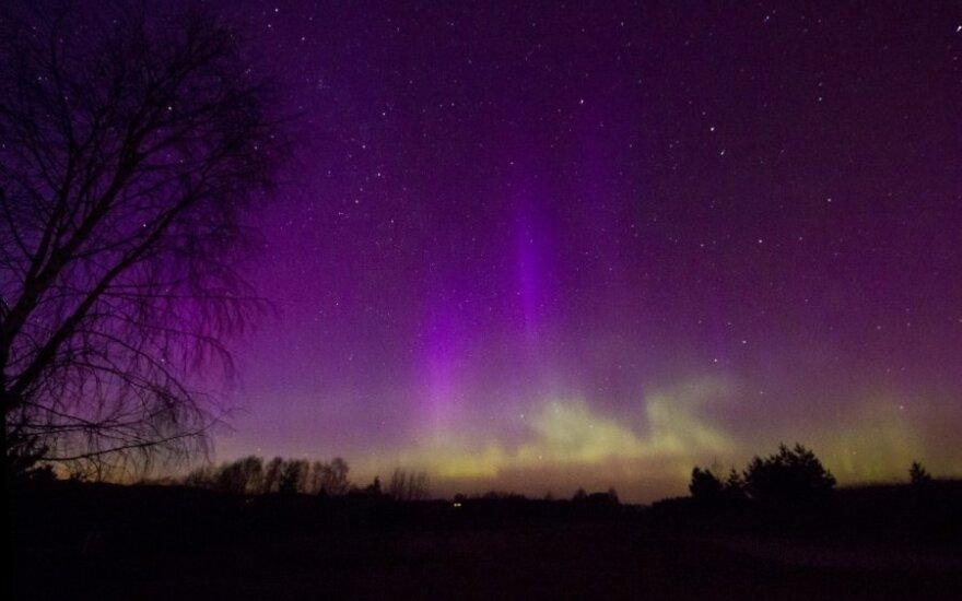 Nufotografavo Lietuvoje pasirodžiusią šiaurės pašvaistę