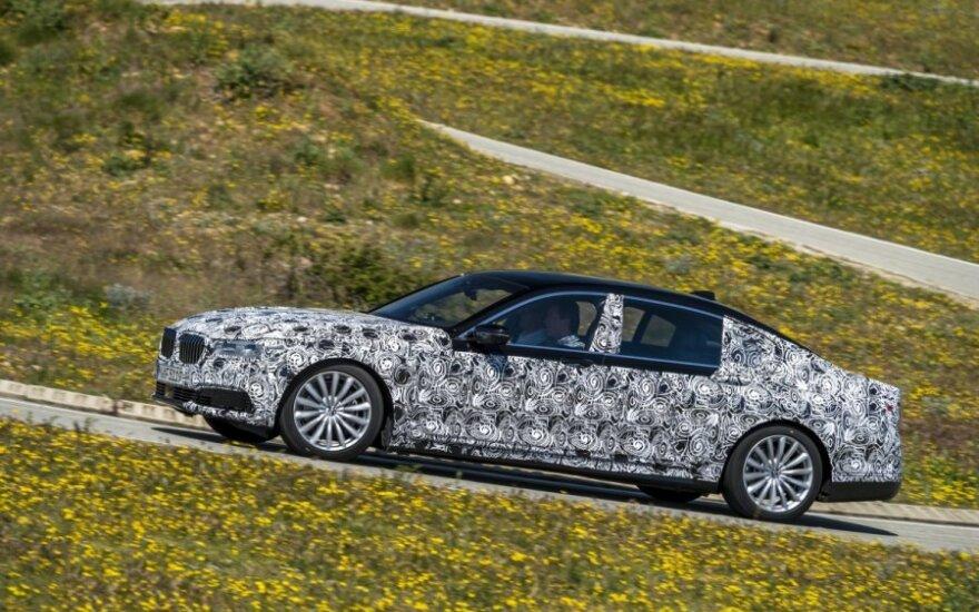 BMW 7-serijos prototipas