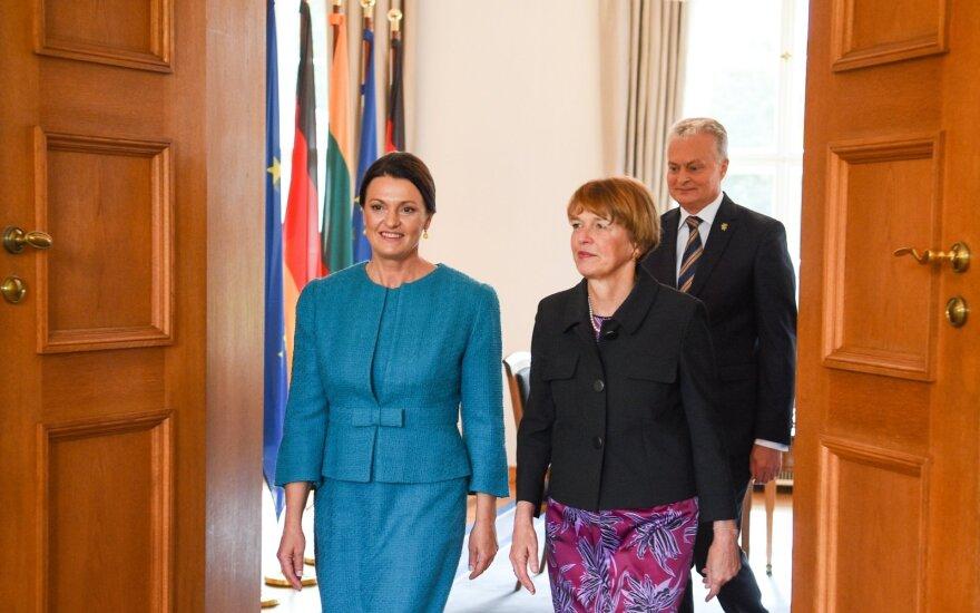 Lietuvos ir Vokietijos pirmųjų ponių susitikime – skaudūs klausimai apie nedarbą ir skurstančias šeimas
